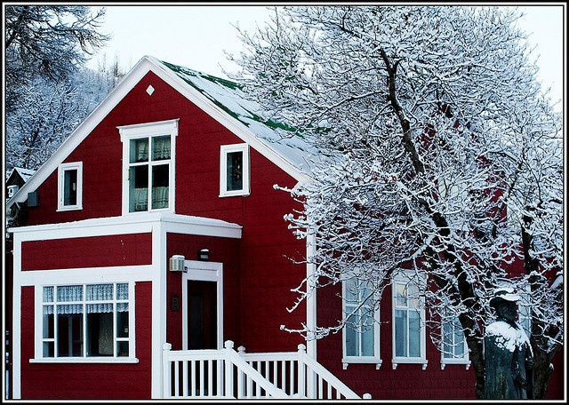 .red house