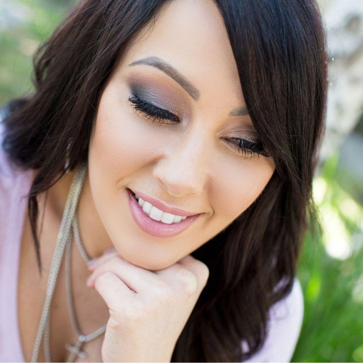 Modern Bombshell Makeup  – Makeup Geek