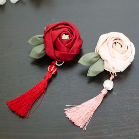 玉椿クリップ タッセル付き 赤 ピンク