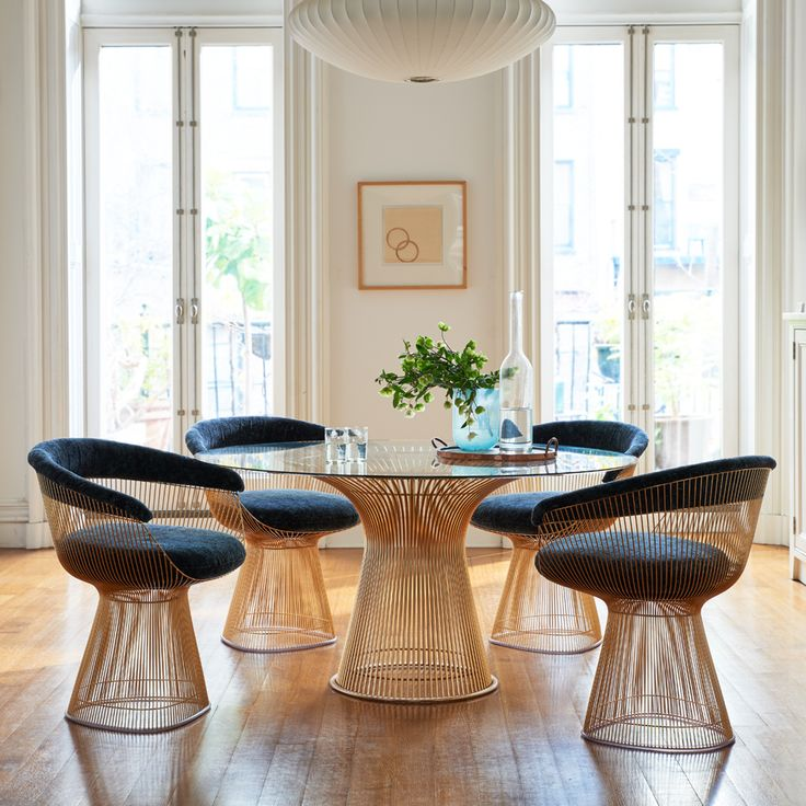 Platner High Table and chairs in goldBest 25  High table and chairs ideas on Pinterest   High top bar  . Correct Height Of A Dining Room Table. Home Design Ideas