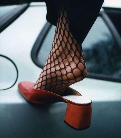 red mules & black tights. @fleurdemode More