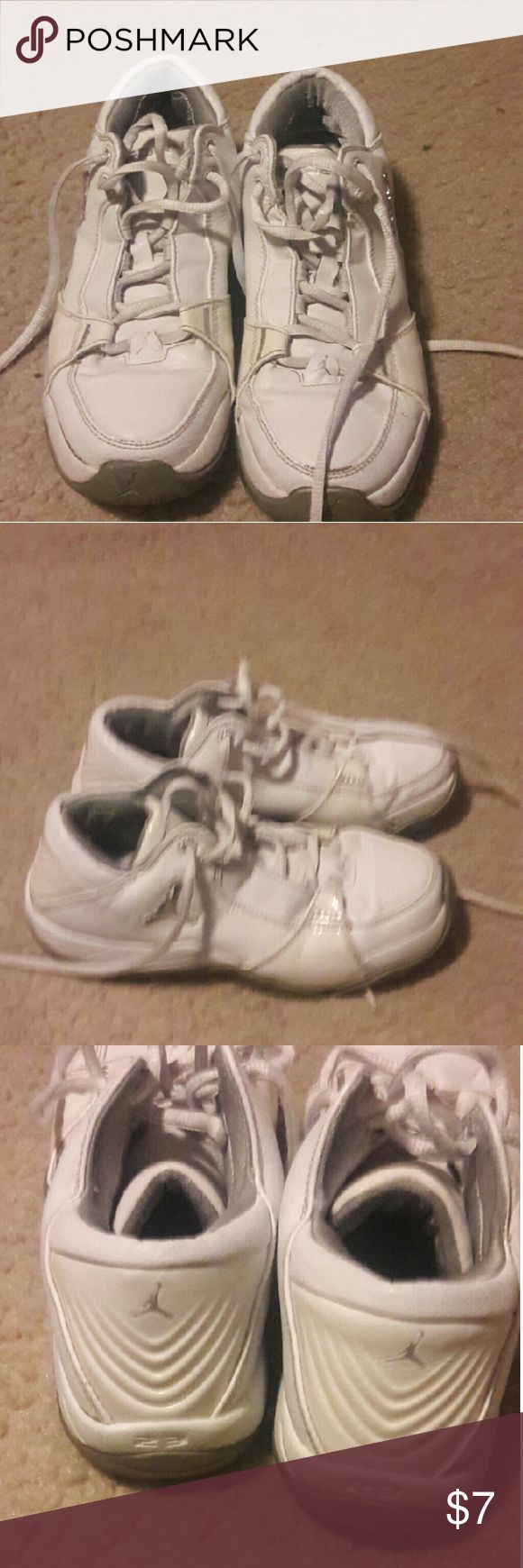 Boys Jordan tennis shoe Comfortable White Jordan's with creasing and some yellow due to being packed up and left side sole is loose. Jordan Shoes Sneakers