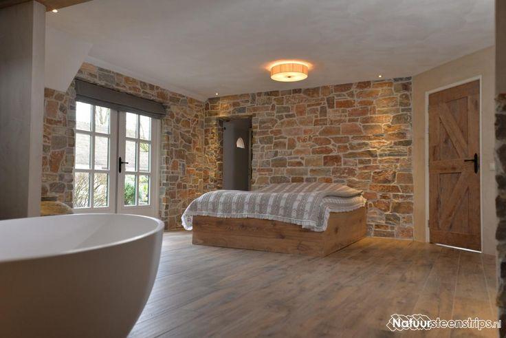 Rocks Oranje, slaapkamer en badkamer (en suite).