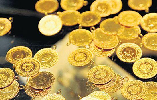 Altın fiyatlarında sert düşüş - Geçtiğimiz hafta tarihi seviyelere ulaşan altın fiyatları bu haftaya sert düşüşlerle başladı. İşte çeyrek altın ve gram altında son durum.