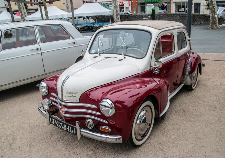 Renault 4CV Grand Luxe