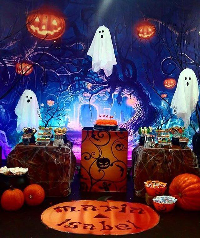 Decoração  divertida e assustadora para festa Halloween, por @playdatepanama  #kikidsparty