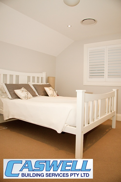 Second storey addition, attic style, master bedroom - beautiful colour theme