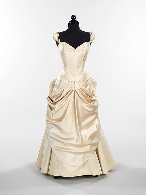 Designer: Charles James (American, born Great Britain, 1906–1978). Ball gown, 1949. The Metropolitan Museum of Art, New York. Brooklyn Museum Costume Collection at The Metropolitan Museum of Art, Gift of the Brooklyn Museum, 2009; Gift of Vivian Mook Baer in memory of Sylvia Terner Mook, 1983 (2009.300.546)