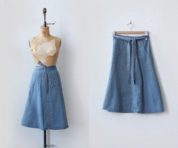 Soft Circles Skirt / 1970s denim wrap skirt / vintage blue midi skirt