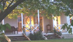 Rosefield bed and breakfast, Kettering, country B & B 30 mins from Hobart Tasmania to suit up to two couples comfort.