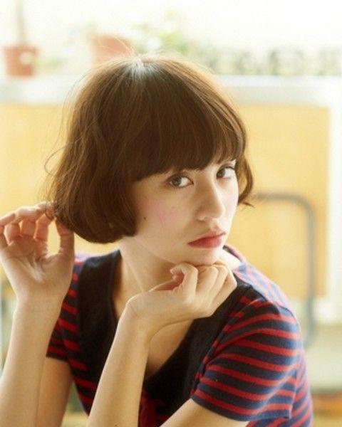 知性與可愛的中間魅力,春天也想剪一款日韓女生的清新短髮 ‧ A Day Magazine
