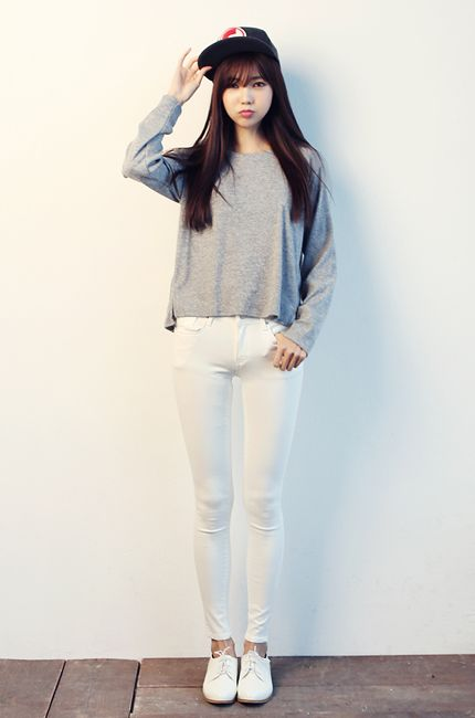 creative simple korean outfits pictures