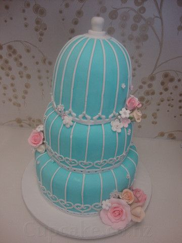 Birdcage engagement cake in Tiffany blue