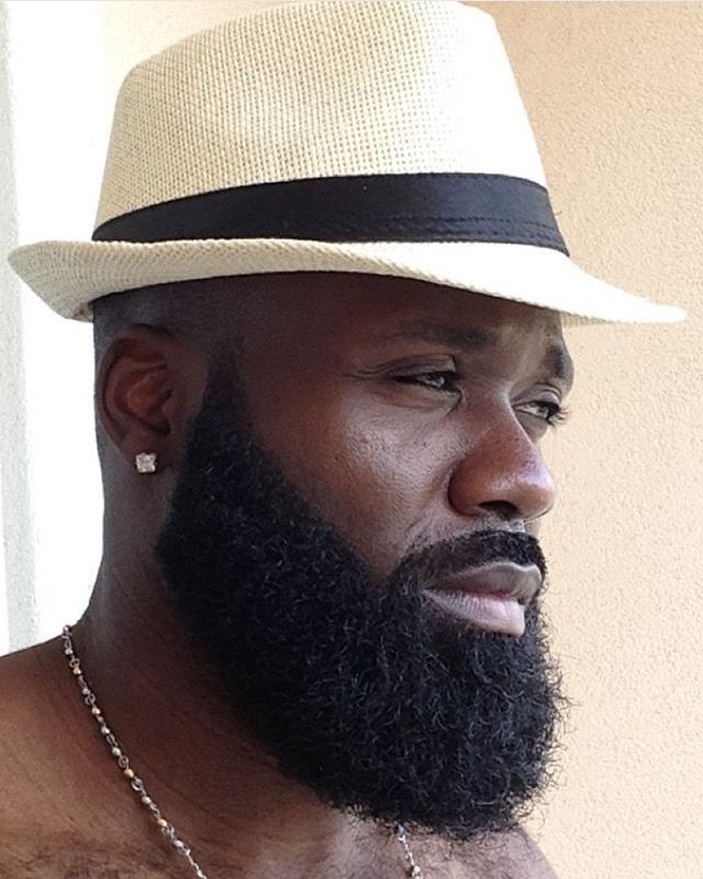 Philly beard; Hebrew beard.