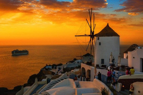 Santorini Luxury Travel Tour Company http://www.santorinitoursnet.com