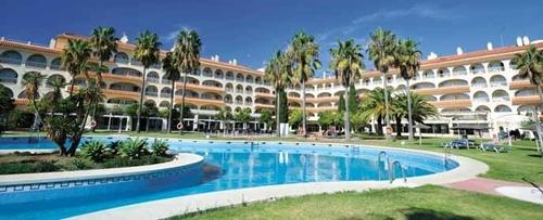Hoteles para niños de la Costa de la Luz:  Gran Hotel Del Coto, Matalascañas. Viajacontuhijo, especialistas en viajes monoparentales