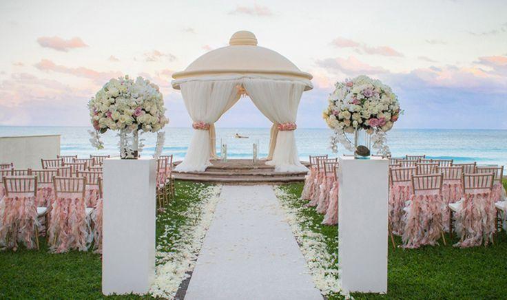 Photographer: Cherie Foto – Flower Design: Blossom Cancun Wedding Linens:Wildflowers Linen -Destination Wedding Planning   Event Design : Weddings Romantique Wedding  Reception Venue: JW Marriott Cancun Resort and Spa
