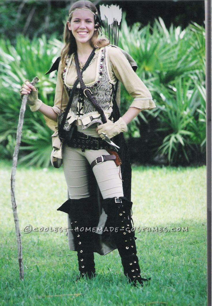 Homemade Huntress Costume Inspired by Lord of the Rings... This website is the Pinterest of costumes