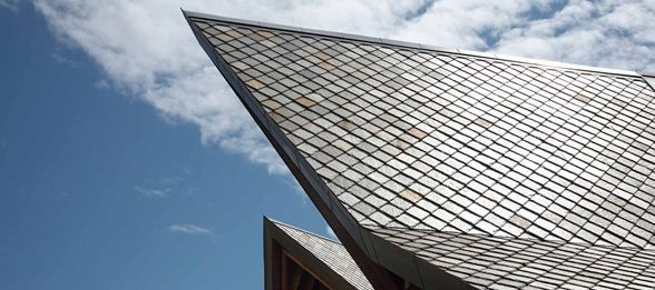 Roof construction of Scandinavian Golf Club by Henning Larsen Architects