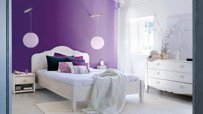 Mur tete de lit violet