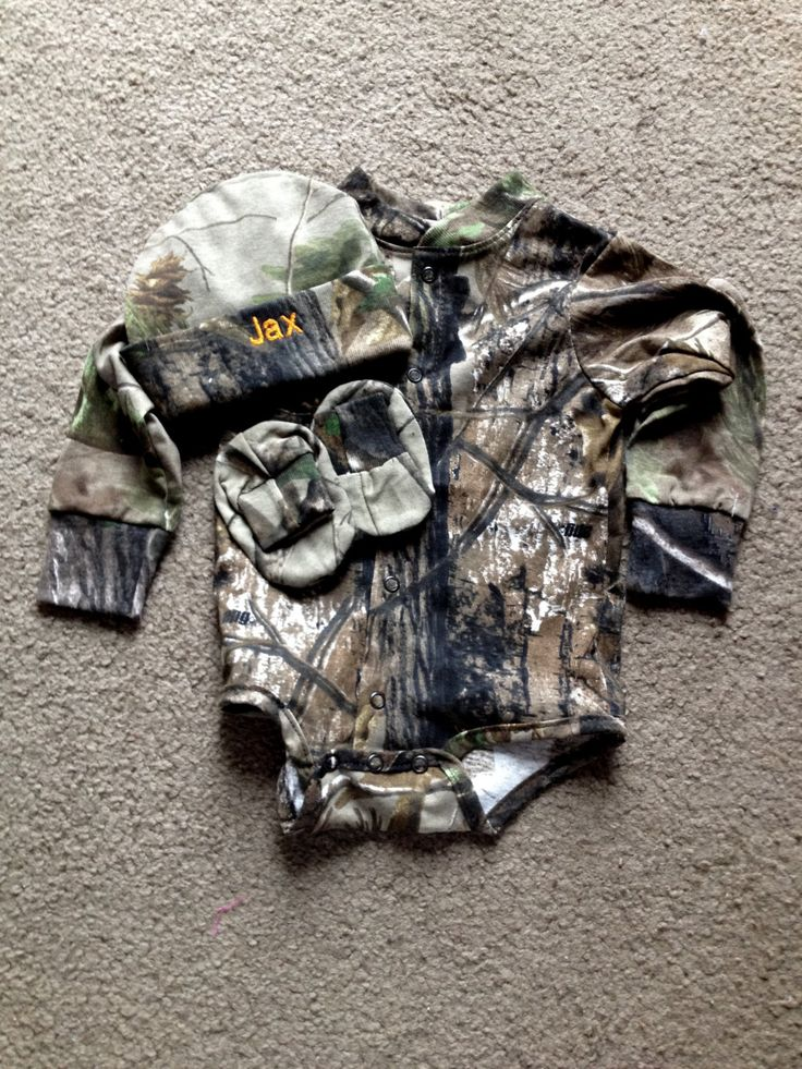 Personalized Mossy Oak Camo Camouflage Hunting 3PC Long sleeves Creeper onesie Baby Infant Newborn Set Coming Home outfit Boy/Girl by Embroideryworld on Etsy https://www.etsy.com/listing/224776320/personalized-mossy-oak-camo-camouflage