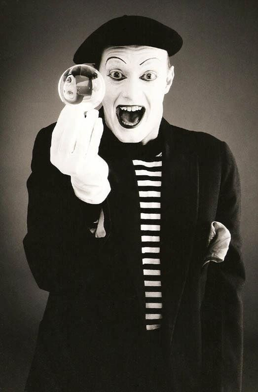 Andy - French Mime Artist