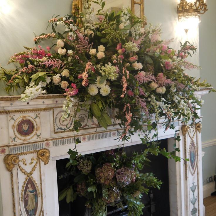 1090 best Centrepiece images on Pinterest | Flower arrangements ...