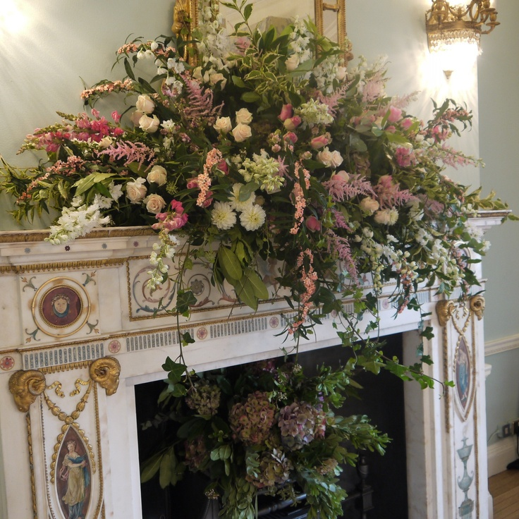 Floral mantle design at Dartmouth House, London designed and installed by www.kwfloraldesign.co,uk