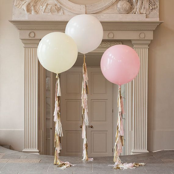 Isnt this a Gorgeous Giant Balloon??!!  Make a big statement and leave a huge impression at your event with this beautiful 36 balloon.  Please choose the