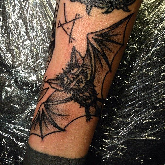 Oldschool tattoo bat by tattoo artist William Roos of StockholmInk Stockholm, Sweden