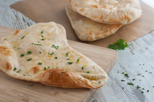 How to make naan at home (many different cooking styles).: Breads Recipe, Favorite Places, Favorit Recipe, Cooking Styles, Baking Breads, Food Recipe, Favorite Recipes, Drinks Recipe, Indian Recipe