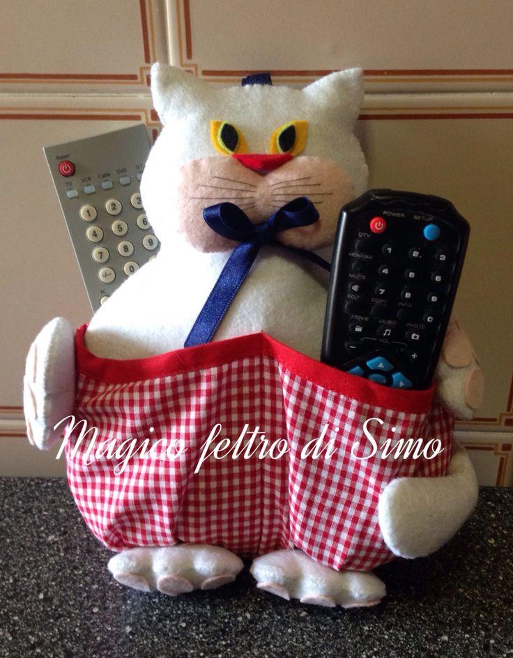 Gatto porta telecomandi con 4 tasche porta telecomandi - Porta telecomandi ...