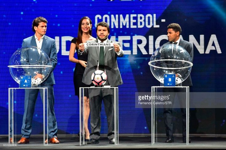 Director of Competitions of Conmebol Hugo Figueredo announces Corinthians of Brazil as part of round 1 during the Copa Conmebol Sudamericana 2017 Official Draw at Conmebol Convention Center on January 31, 2017 in Luque, Paraguay.