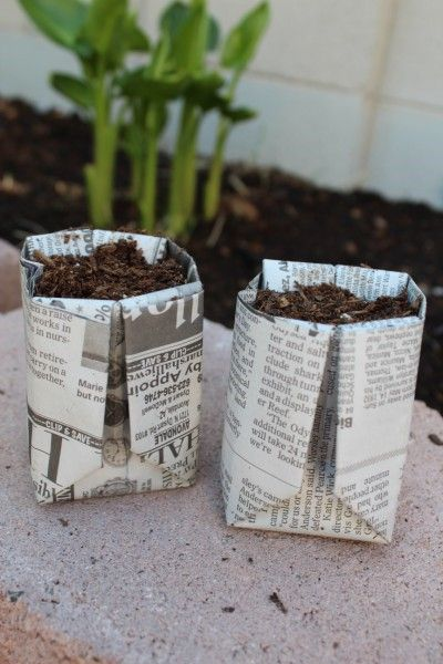 diy seed starter pots out of newspaper