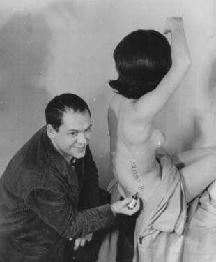 Piero Manzoni - Sculture viventi - 1961