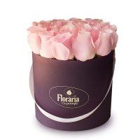 Colectia en Vogue - Cutie cu 19 trandafiri roz