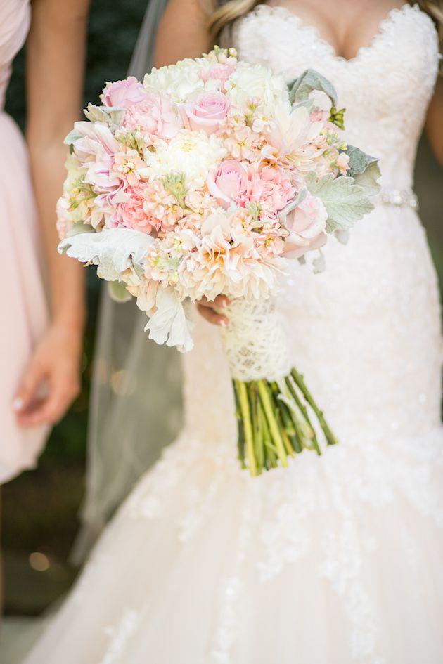 Romantic Pink and White Wedding | Anita Martin Photography | Bridal Musings Wedding Blog