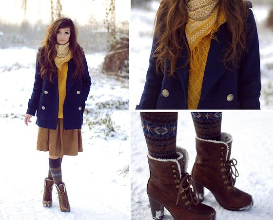 yellow + navy - December snow! (by Sonja Gje) http://lookbook.nu/look/4339649-December-snow