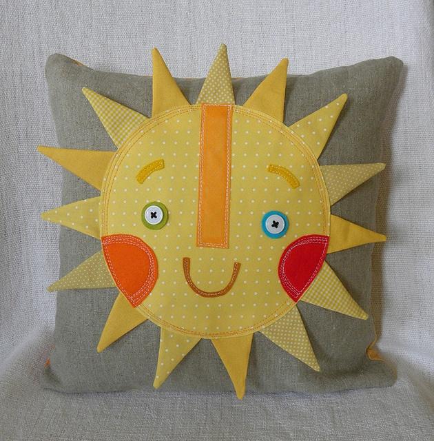 You are my sunshine | Flickr: Intercambio de fotos,UMA LINDA ALMOFADA COM UM LINDO SOL SORRINDO