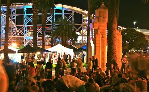 #St Kilda Twilight Market   ££ my two cents: Love it, atmosphere is very laid back. You can feel free to browse and soak up the ocean, live music and mellow nature of the nightlife.