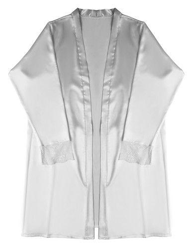 Veja como as fotos ficam diferentes com um robe de seda! 44€ na Dama de Copas
