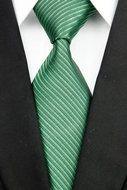 Stropdas Bolton - Groen Gestreept  Description: Stropdas Bolton Heb je het gevoel dat je outfit nog niet compleet is? Kies dan nu voor deze prachtige stropdas. Deze mooie groene deluxe stropdas gaat er voor zorgen dat je iedere outfit uniek kunt maken. Afwisseling is fijn als je iedere dag naar je werk een overhemd moet dragen. Daarom is het prettig om meerdere stropdassen in je kast te hebben hangen. Deze deluxe das mag daarin niet ontbreken. Wacht er daarom niet mee maar zorg dat je deze…