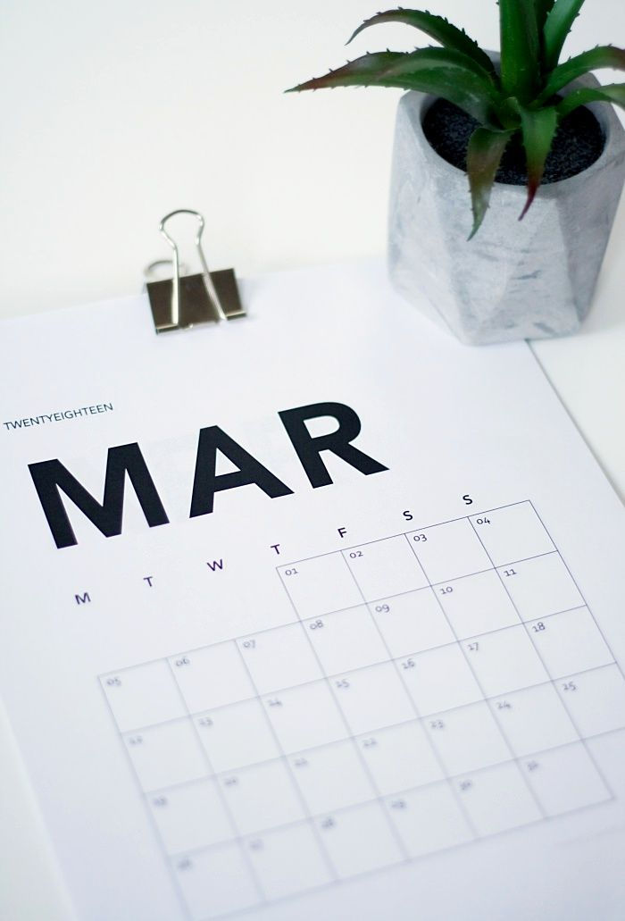 MINIMAL PRINTABLE CALENDAR 2018 - FREE DOWNLOAD #minimal #printable #calendar