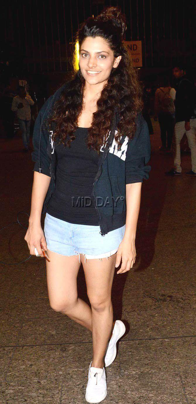 Saiyami Kher at Mumbai airport. #Bollywood #Fashion #Style #Beauty #Hot #Sexy