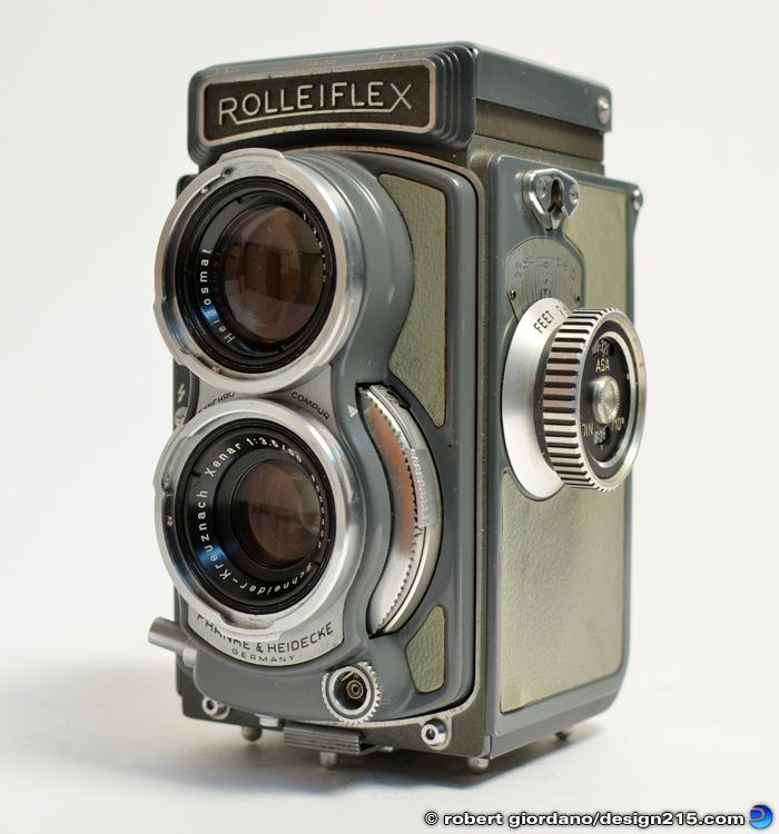 Product Photography - Rolleiflex Baby 4x4 Twin Lens Reflex Camera - Photography by Robert Giordano, Design215.com