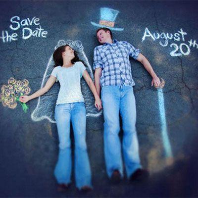 Net verloofd? Laat het iedereen weten met deze creatieve huwelijksaankondiging! #huwelijk #verloving