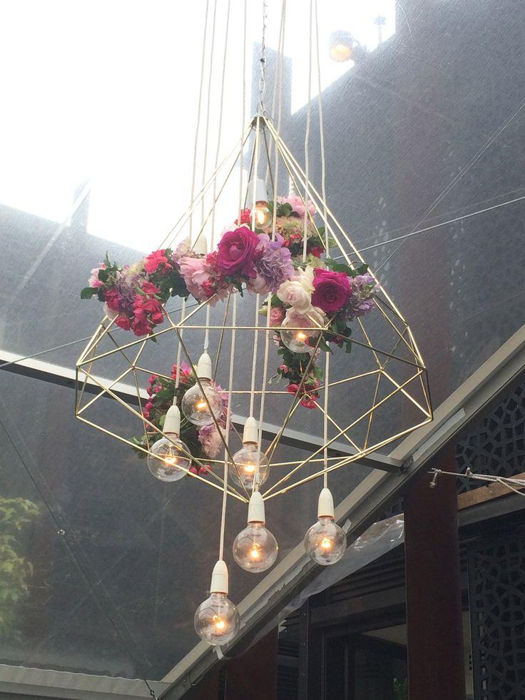 Hanging gold diamonds | Flowers by Flower jar | Dann event hire. SO Fun!!! Loving this! Srlevents.com #srlweddings