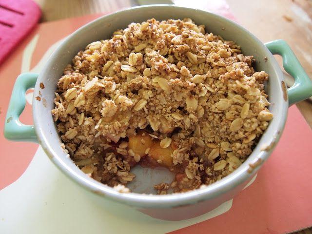 Sekrety Cookietki: Letnie owoce pod owsianą kruszonką