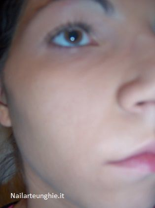 Base Make Up: tutorial introduttivo e considerazioni In questo articolo voglio parlarvi nello specifico della Base Make Up Viso e su come deve essere creata, in altri approfondirò le altri componenti (ombretti, rossetti, blush ecc…) per un trucco completo. Molte donne pensano che per truccarsi basti solo un po' di …