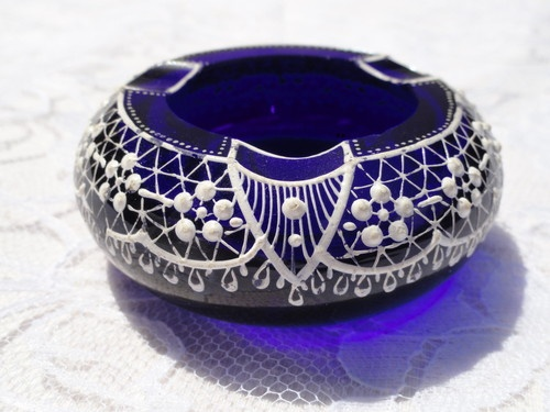 Vintage Parad Cobalt Blue Glass Ashtray Hand Painted Paradsasvar Hungary Signed
